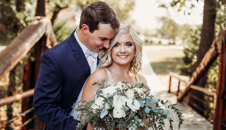 Tennessee couple Tanner and Lyndsey Raby married on Sept. 22.