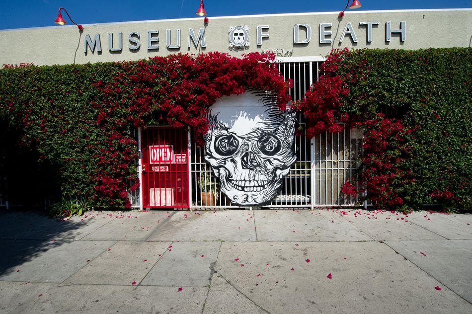 Βρίσκεται στο Λος Άντζελες και έχει ένα δωμάτιο αφιερωμένο σε τοπικές δολοφονίες όπως η ιστορία της Μαύρης Ντάλια και οι δολοφονίες της οικογένειας Μάνσον.