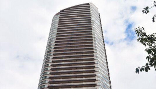 武蔵小杉の47階建てタワマン断水、トイレが使えず 24階より下が停電