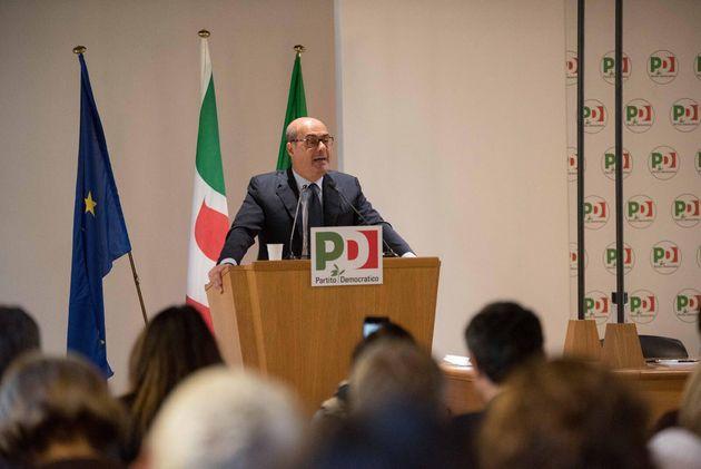 Pd e 5 stelle per un nuovo centrosinistra. Il progetto di Zingaretti. Ex renziani cauti, Orfini furioso
