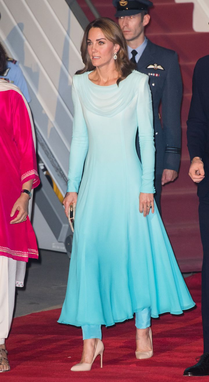 Kate wore the national dress of Pakistan for the start of the royal tour.