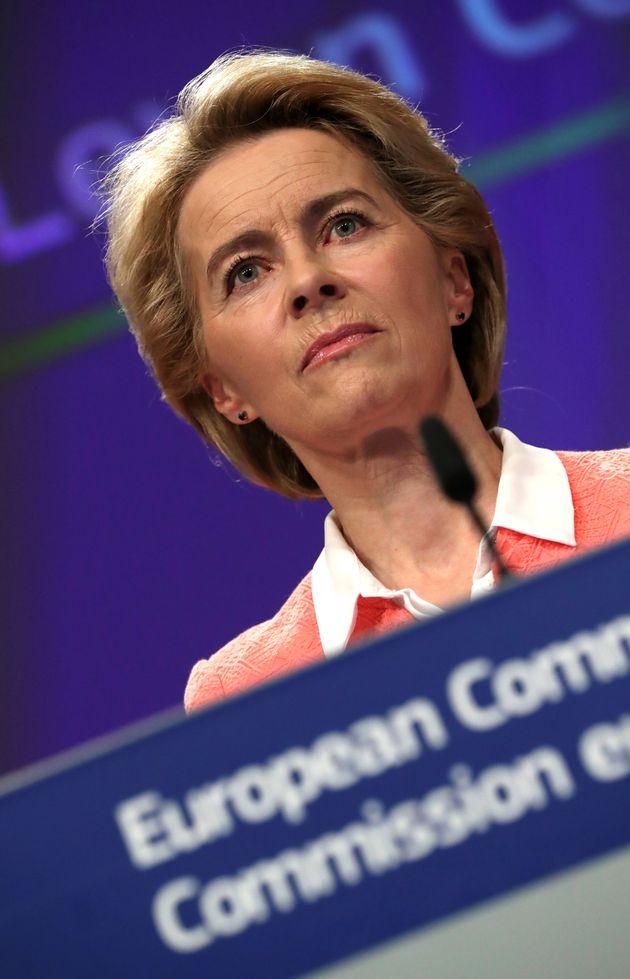 Ursula slitta a dicembre, la manovra sul tavolo di Moscovici