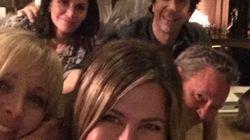 Jennifer Aniston finalmente entra no Instagram e nos agracia com foto da reunião de