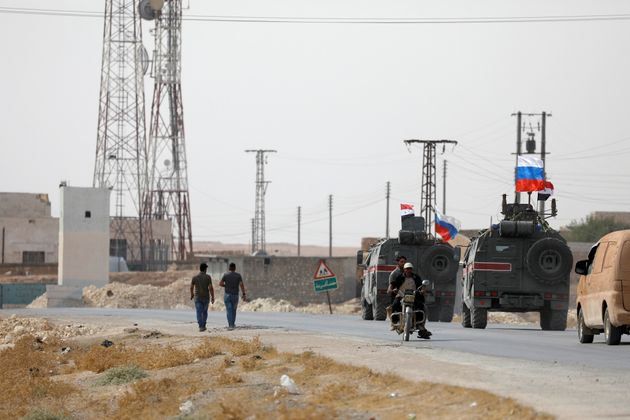 Οι Ρώσοι περιπολούν τις περιοχές που εγκατέλειψαν οι