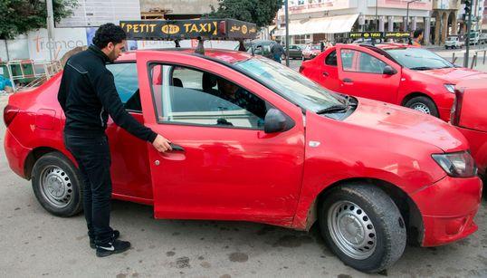 Une nouvelle application pour réserver des taxis la nuit à