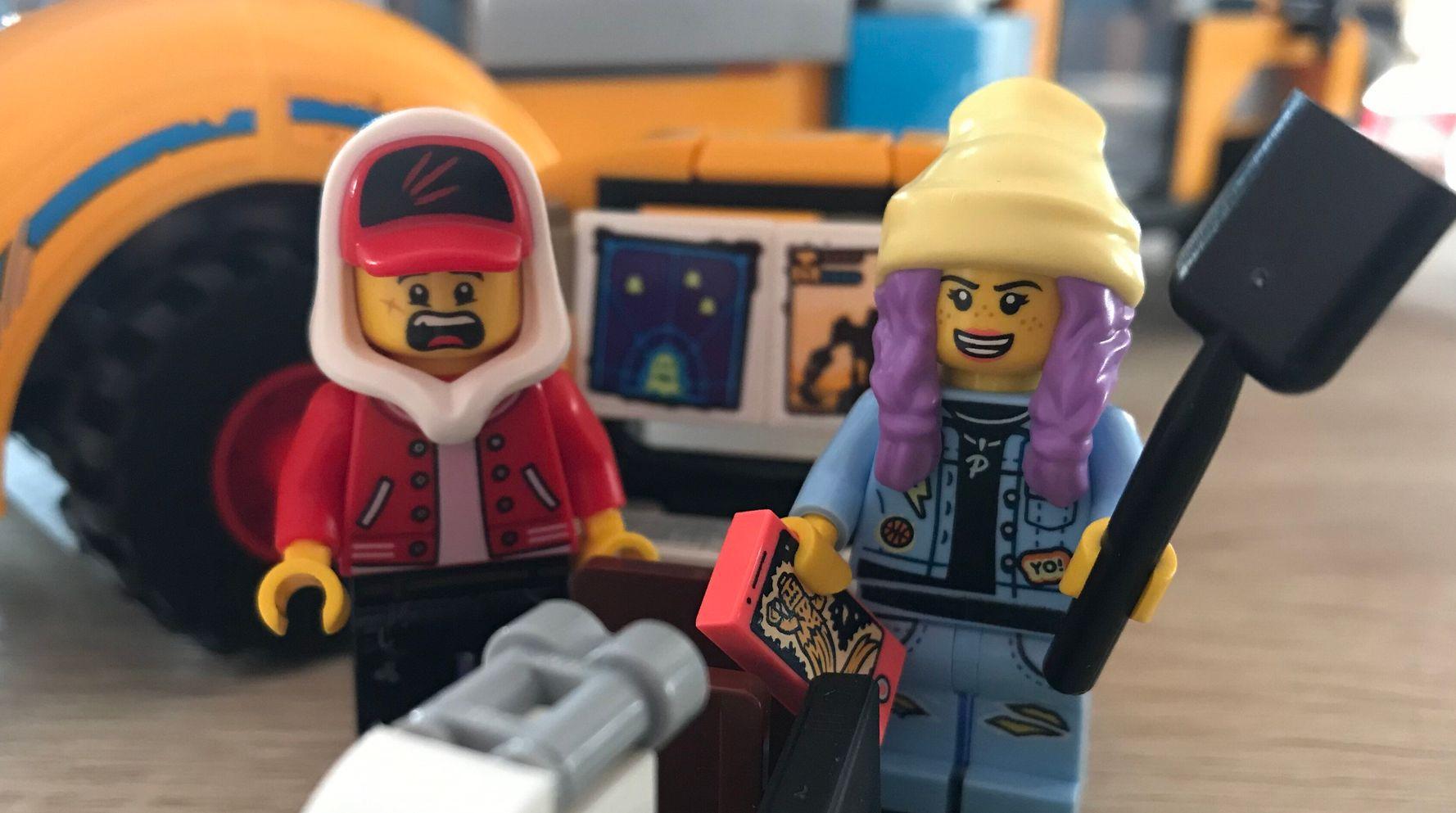 Lego's Hidden Side Range Is Part Nostalgia, Part Futuristic Fun – I Love It