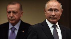 Putin prova a frenare Erdogan con le forze d'interposizione in Siria. Ma il Sultano non