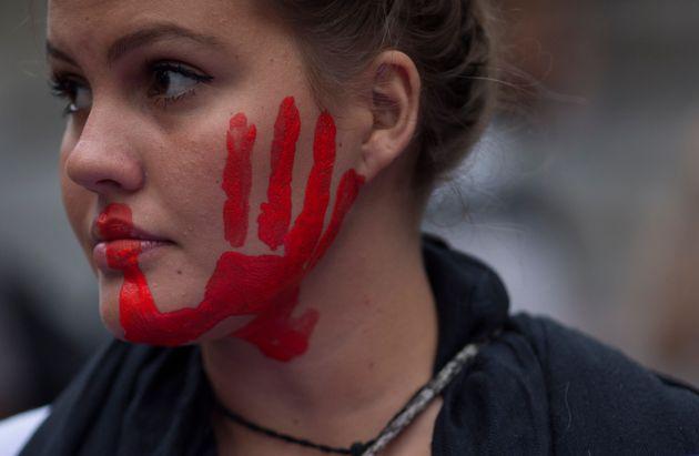 Segundo o Mapa da Violência, foram 21% de crescimento de mortes em uma década até...