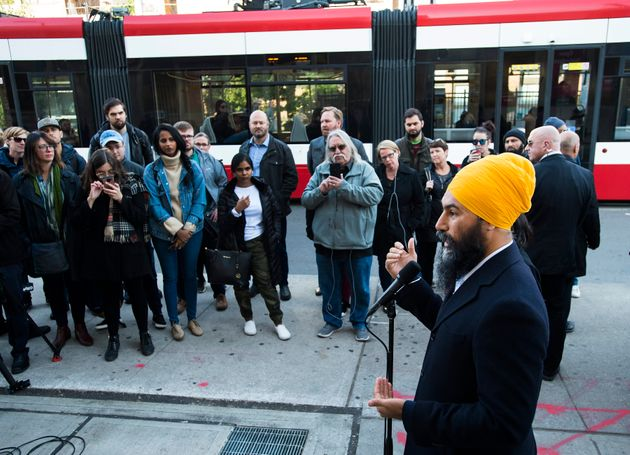 Jagmeet Singh speaks to the media during a campaign stop in Toronto on Oct. 15,
