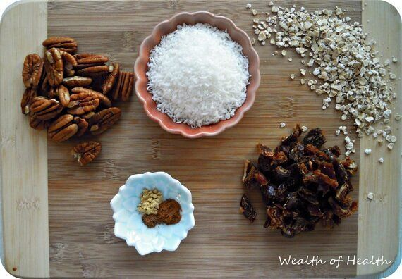 Coconut Date Granola Makes The Perfect Breakfast