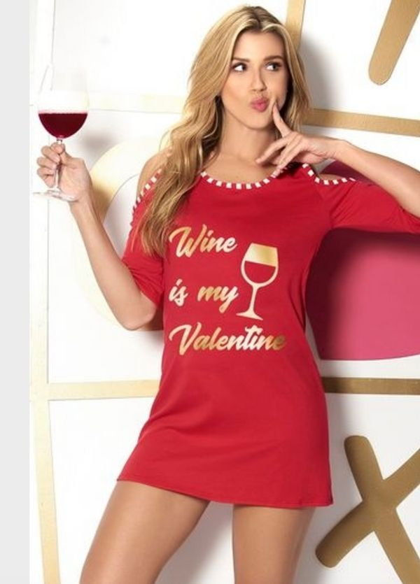"What do you get an alcoholic valentine besides alcohol? Well, you could get this <a href=""https://www.spicylingerie.com/esp72"