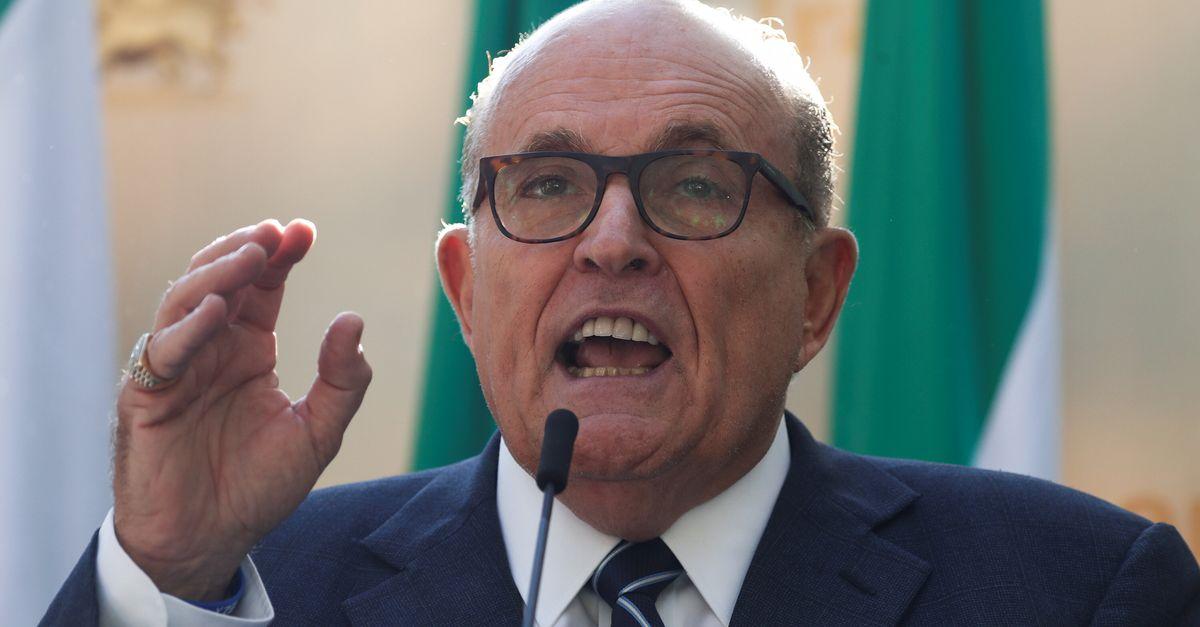 Giuliani Urged Trump To Expel Turkish Cleric Erdogan Wants Back In Tur