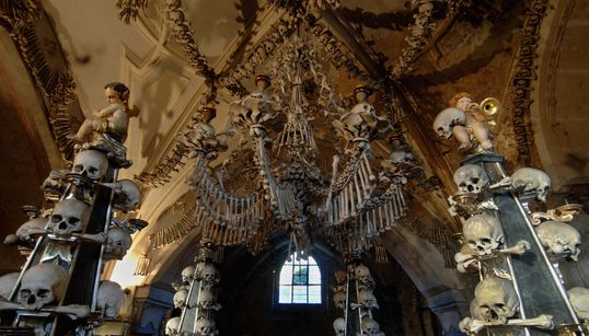 35 Spooky Travel Destinations Around The