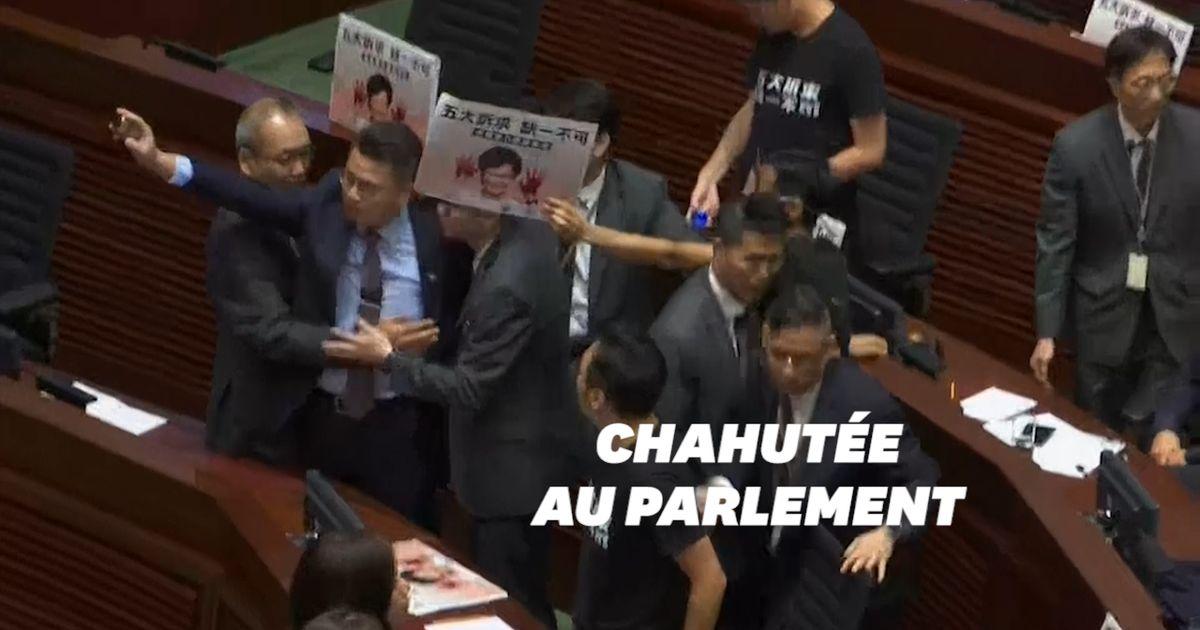 Chahutée au Parlement de Hong Kong, la cheffe de l'exécutif n'a pas pu faire son discours