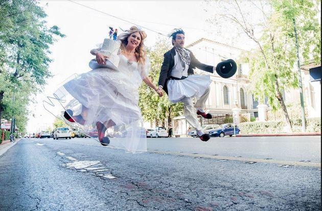 «Του Κουτρούλη ο Γάμος»: Όταν ο θίασος σταμάτησε την κυκλοφορία στην οδό