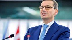 El Parlamento polaco debate penas de prisión por impartir educación