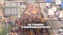Les images impressionnantes des colonnes de Catalans convergeant vers