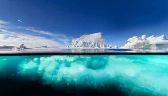 «Παγετώνες. Από τη Γένεση στην Εξαΰλωση»: Οι φωτογραφίες του Φωκίωνα Ζησιάδη στο Μουσείο