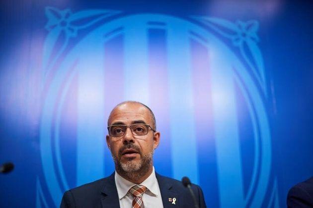 El conseller de Interior, Miquel Buch, durante una rueda de prensa. EFE/ Alejandro