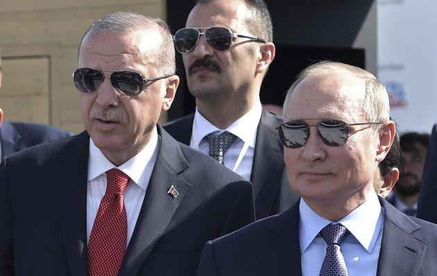 Erdogan non si ferma, l'unica condizione è la resa curda. ...