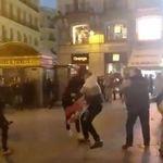 Un grupo de ultraderechistas irrumpe en la manifestación contra la sentencia del procés en