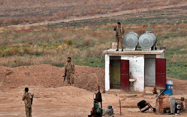 Οι Κούρδοι «παγώνουν» τις επιχειρήσεις κατά του Ισλαμικού Κράτους - Φόβοι για «διασπορά»