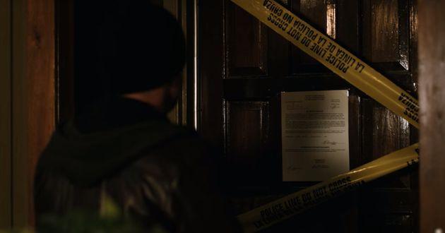 Jesse Pinkman chega no apartamento de Todd em