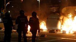 La tercera jornada de protestas en Cataluña termina con 33 personas detenidas y 96