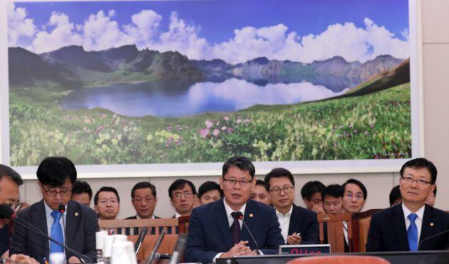 김연철 통일부 장관이 한국 대 북한 '무관중·무중계' 경기에 대해 밝힌