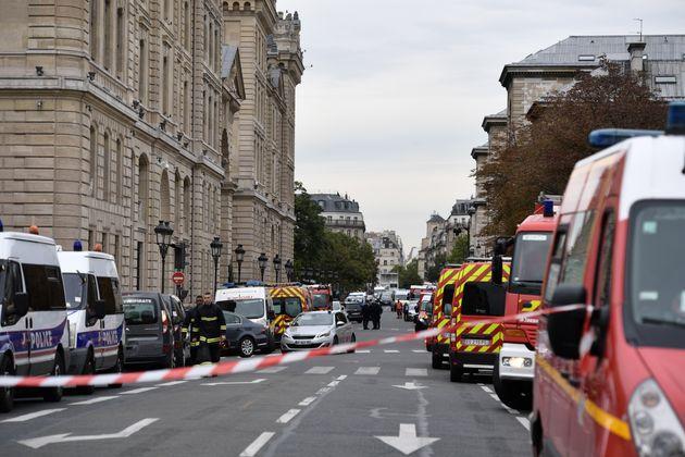 Photo prise peu après l'attentat à la préfecture de police de