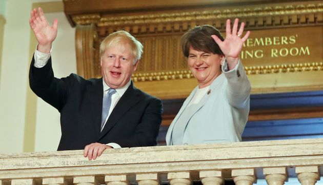 Boris Johnson y Arlene Foster, hace cuatro meses, reunidos en