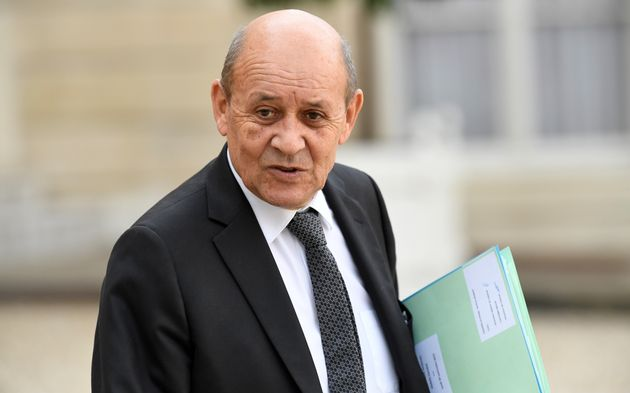 Jean-Yves Le Drian est à Bagdad pour discuter du possible transfert et jugement en Irak des jihadistes...