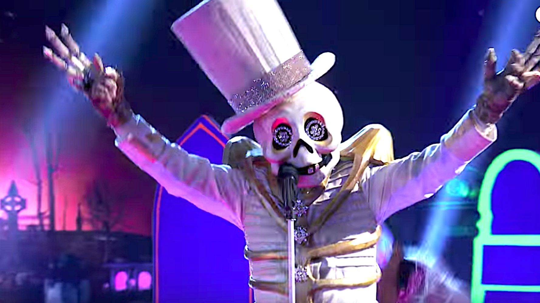 Westlake Legal Group 5da836362000000210505f22 'The Masked Singer' Unmasks Skeleton And He's Bad To The Bone (Spoilers)