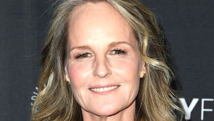 Westlake Legal Group 5da843bc2000000010505f47 Helen Hunt's SUV Rolls Over In Los Angeles Crash