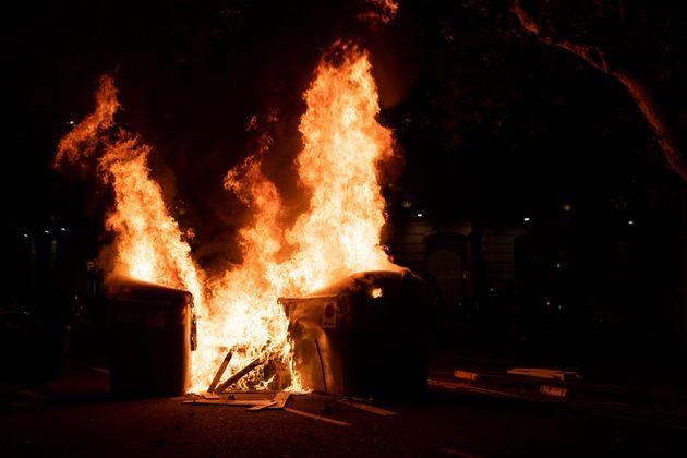 Fuego en las calles de
