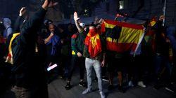 Más fuego, tensión y enfrentamientos con la extrema derecha: así llega Cataluña a la huelga