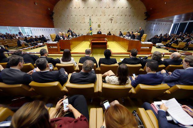 Plenário do STF na sessão de quinta, dia 17 de outubro de