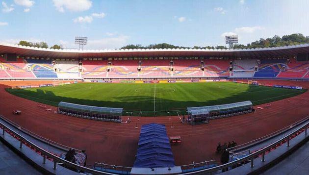 15일 남북한 축구대표팀의 경기가 열리는 김일성 경기장의 관중석이 텅