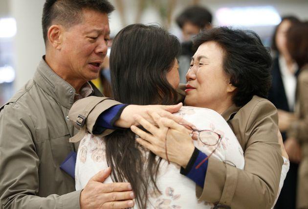 시장에 다녀오니 갑자기 사라진 딸을 44년 만에 만났다