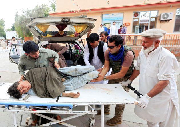 Αφγανιστάν: Τουλάχιστον 62 νεκροί από εκρήξεις μέσα σε