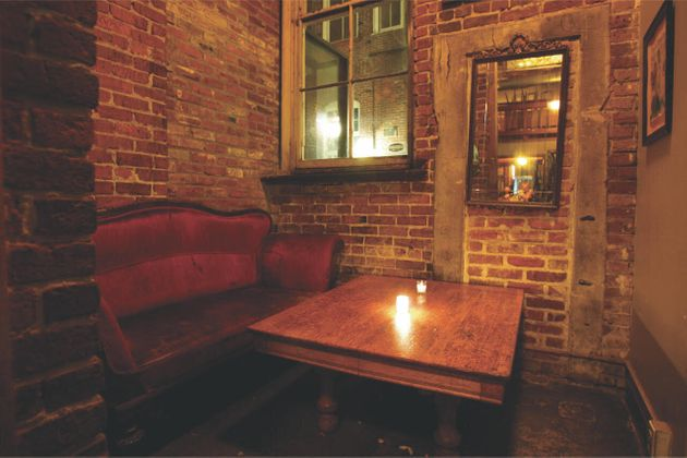 5 Haunted Restaurants Where You Can Have A Spooky