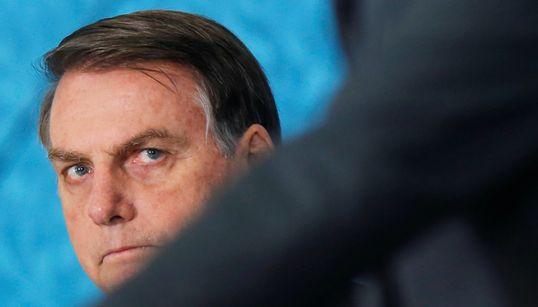 PSL suspende 5 deputados ligados a Bolsonaro e aumenta poder do presidente do