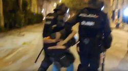 La Policía detiene a un fotógrafo de