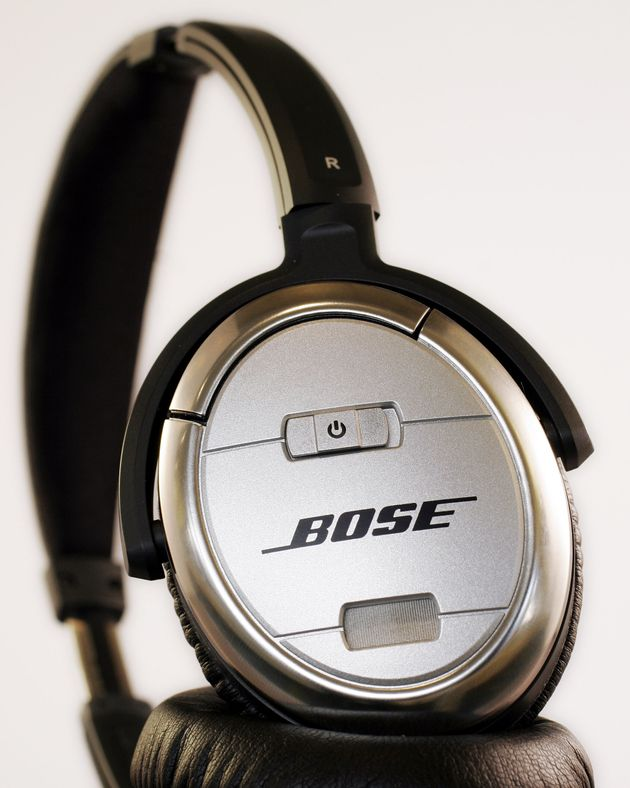 Bose acoustic noise cancelling headphones are shown Thursday, August 17, 2006 in New York. (AP Photo/Mark