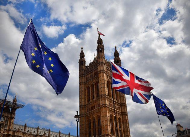 Sur le Brexit, qui est pour ou contre l'accord que doit faire voter