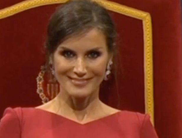 El gesto de la reina Letizia durante los Premios Princesa de Asturias