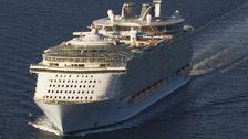 クルーズ船の乗客を禁止命は危険なの写真の逮