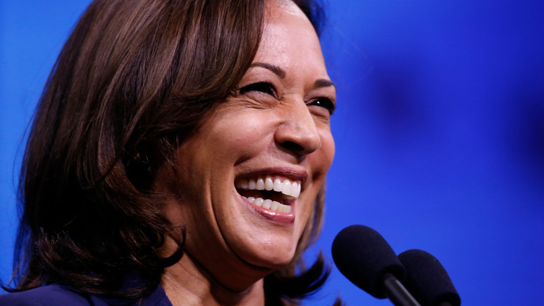Westlake Legal Group 5dab424e210000c41aad34cb Kamala Harris To Supporter With Tattoo Of Her Handwriting: 'Oh, My God!'