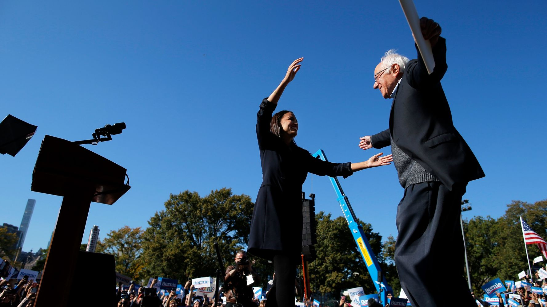 Westlake Legal Group 5dab7668210000621bad34ee Over 20,000 Join Bernie Sanders For Post-Heart Attack Campaign Relaunch In Queens