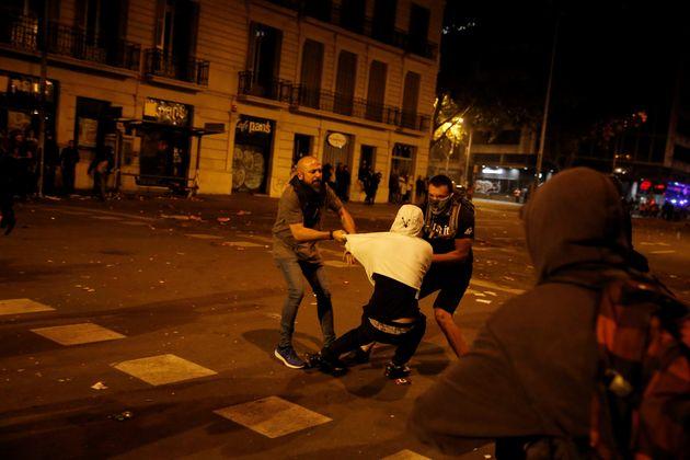 25 detenidos tras los disturbios del sábado en Barcelona y